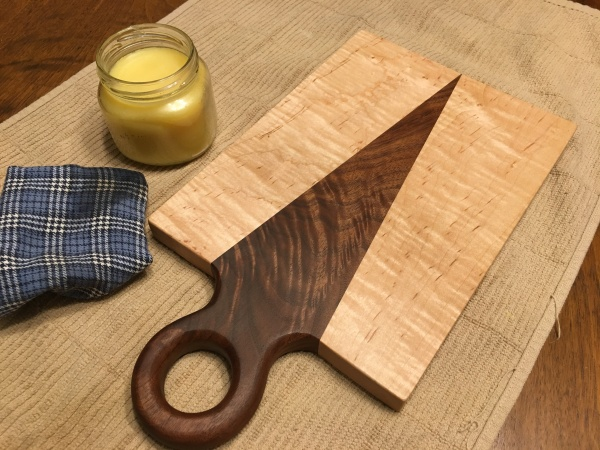 amanda-cutting-board-01